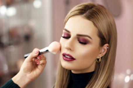 Makeup Sponges & Brushes