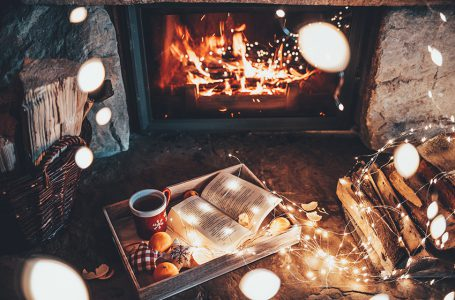 13 of the Absolute Coziest Things about Fall