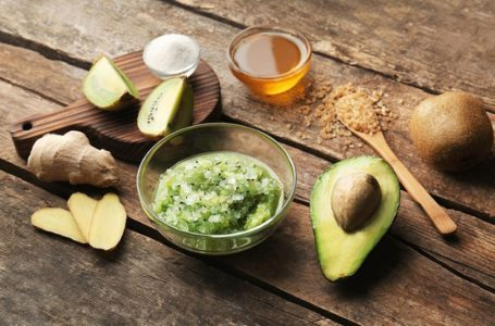 Beauty Hacks Using Ingredients from Your Kitchen